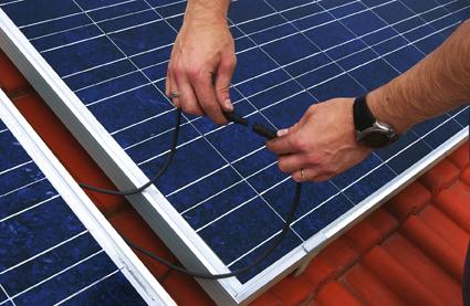 Photovoltaik - Anschluss eines PV-Modules