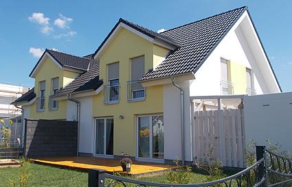 Sicherheiten - Massives Doppelhaus